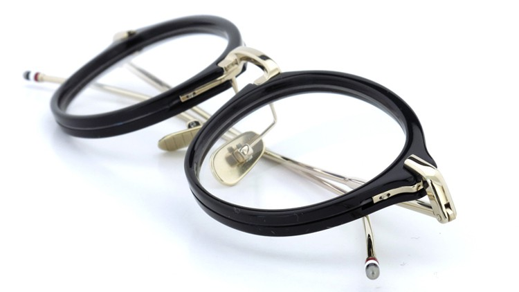 THOM BROWNE.  NEW YORK(トムブラウンニューヨーク)メガネ TB-011A 46size BLACK/SHINY 12K GOLD BRIDGE&TEMPLES イメージ12