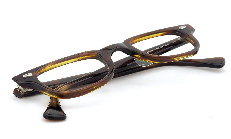 American Optical アメリカンオプティカル (AO)Vintage ヴィンテージメガネ F523 MAIN EVENT 変形ダイヤ鋲 AMBER 44-24 11