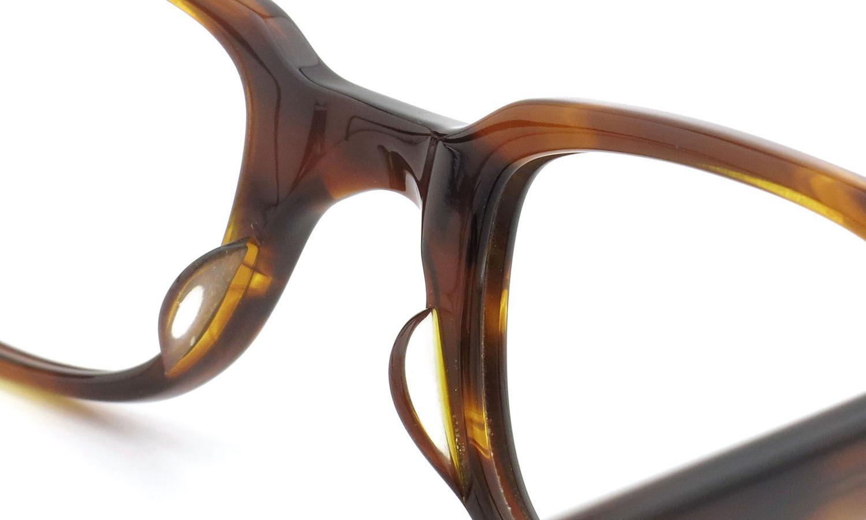 American Optical アメリカンオプティカル (AO)Vintage ヴィンテージメガネ F523 MAIN EVENT 変形ダイヤ鋲 AMBER 44-24 8
