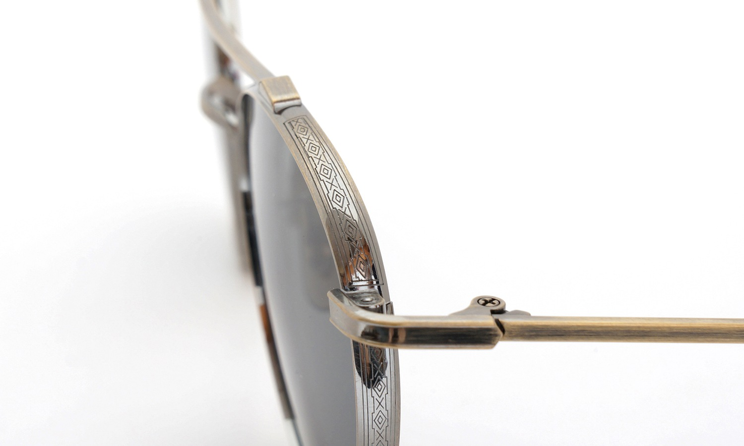 OLIVER PEOPLES  Brunner AG 49size