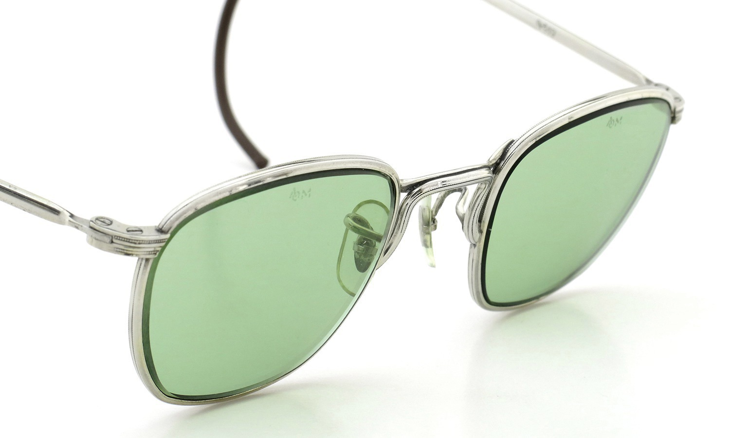American Optical vintage 1960s AVIATOR WELLINTON with ORIGINAL GREEN GLASS LENS 46-22