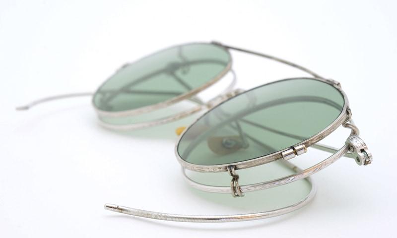 https://www.ponmeganeweb.com/data/ponmegane/product/1930s-American-Optical-HIBO-WHITE-GOLD-WITH-WW2-ARMY-CLIPON-7