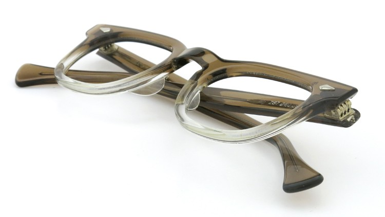 American Optical アメリカンオプチカル (AO)Vintage ヴィンテージ メガネ ダイヤ鋲 Brown Fade 46-24 11