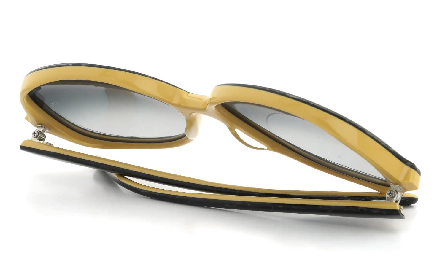 Oliver Goldsmith JACQUI(1975) Gold Granite