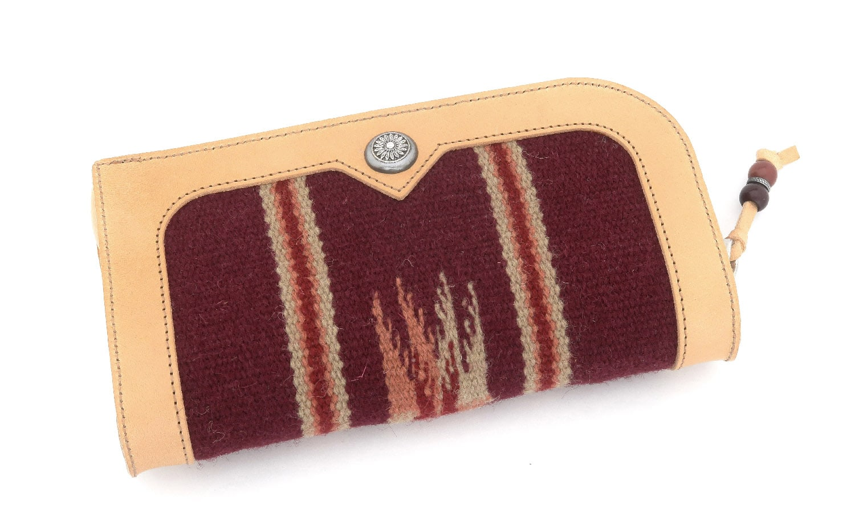 JACQUESMARIEMAGE LARAMIE DARK-HAVANA JMMLR-3T 26/150 チマヨ織りとレザーを用いたハンドメイドのアイウェアケース(チマヨウォレット)